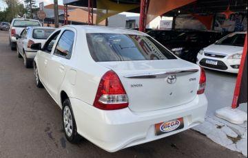 Toyota Etios Sedan XS 1.5 (Flex) - Foto #7