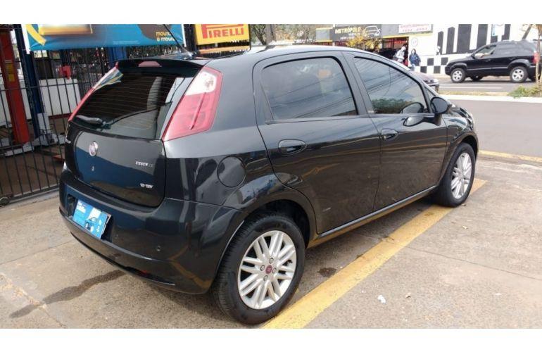 Fiat Punto Essence 1.8 16V (Flex) - Foto #4