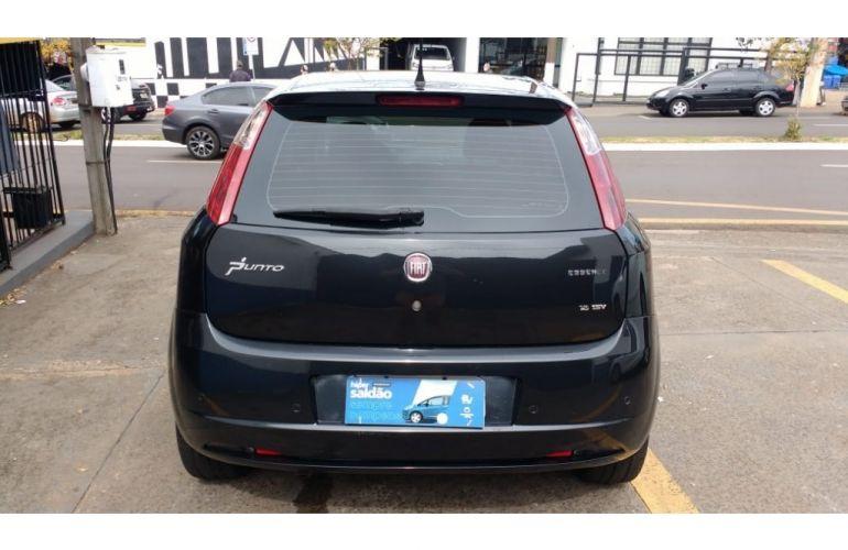 Fiat Punto Essence 1.8 16V (Flex) - Foto #6