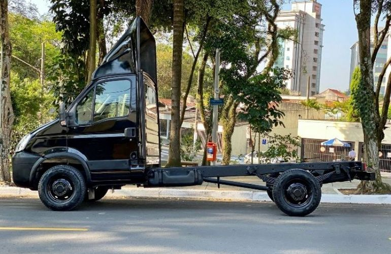 Iveco Daily Chassi 3.0 16v - Foto #6