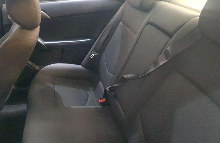 Kia Cerato 1.6 EX Sedan 16v - Foto #9