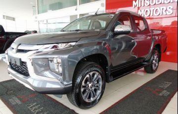 Mitsubishi L200 Triton Sport Hpe S 4WD 2.4