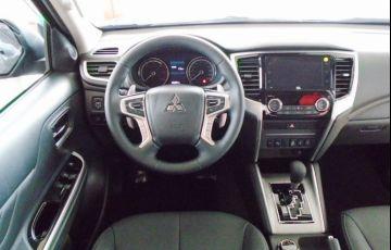 Mitsubishi L200 Triton Sport Hpe S 4WD 2.4 - Foto #4