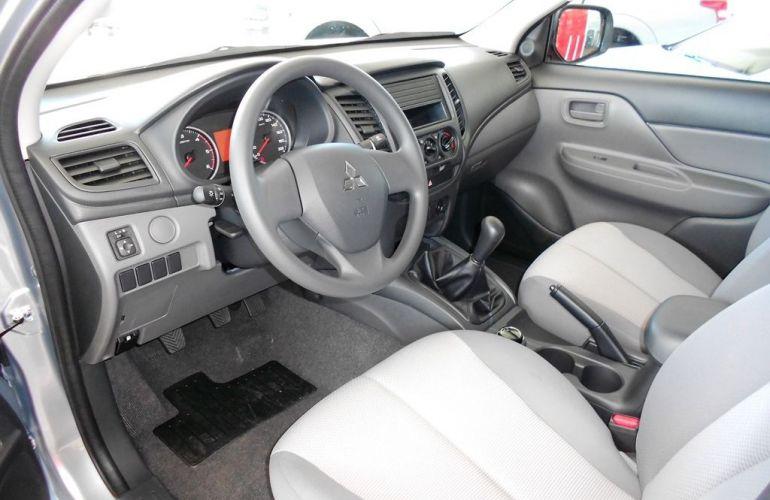 Mitsubishi L200 Triton Sport GL 2.4 - Foto #6