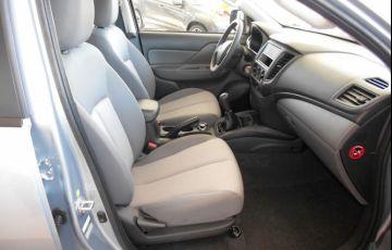 Mitsubishi L200 Triton Sport GL 2.4 - Foto #7