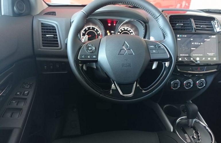 Mitsubishi Outlander Sport Hpe 2.0 Mivec Duo VVT 4x2 - Foto #4