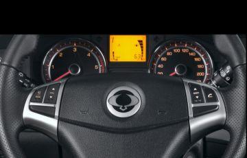 SsangYong Korando 2.0 GL AWD - Foto #2
