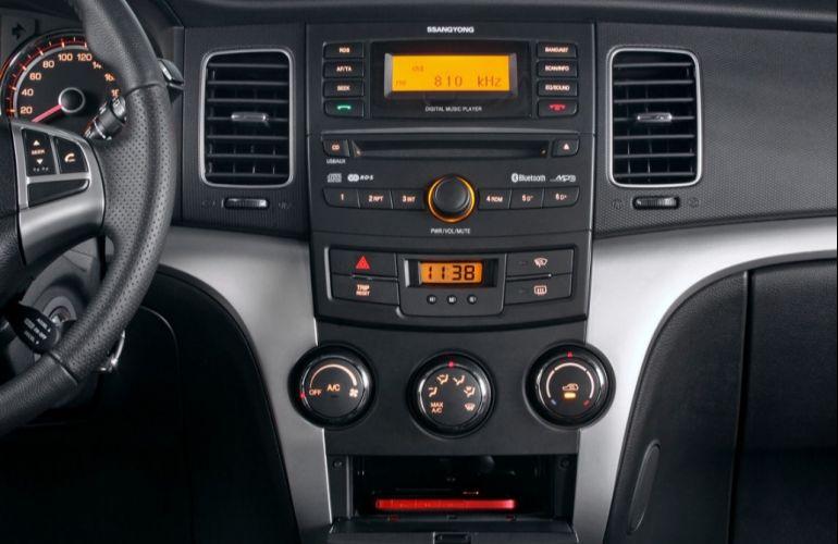 SsangYong Korando 2.0 GL AWD - Foto #4
