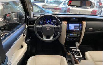 Toyota Hilux Sw4 Srx Diamond 4x4 7 Lugares 2.8 16V Turbo Intercooler - Foto #4