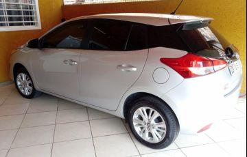 Toyota Yaris 1.3 XL (Flex) - Foto #2