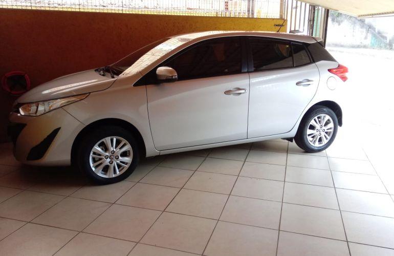 Toyota Yaris 1.3 XL (Flex) - Foto #3