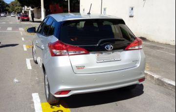 Toyota Yaris 1.3 XL (Flex) - Foto #6