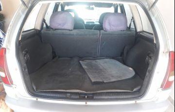 Chevrolet Corsa Sedan GLS 1.6 MPFi 16V - Foto #2