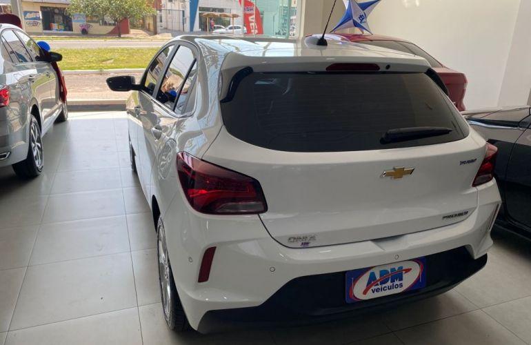 Chevrolet Onix 1.0 Turbo Premier (Aut) - Foto #7