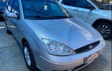 Ford Focus Hatch SE 1.6 16V TiVCT - Foto #2