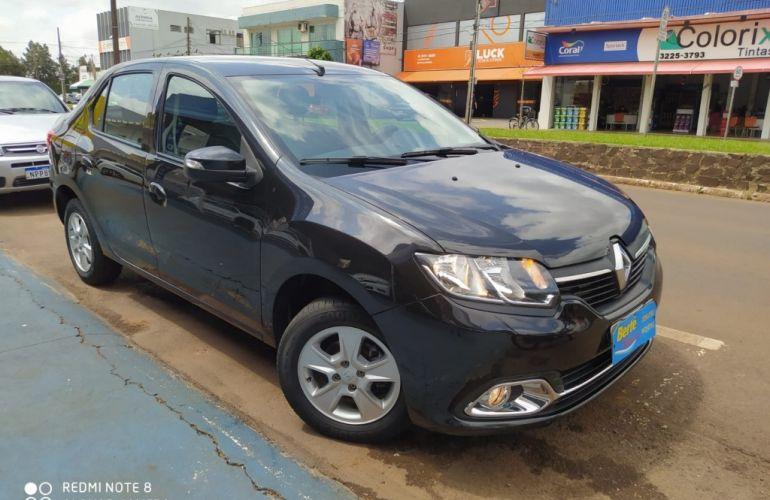 Renault Logan Dynamique 1.6 8V (flex) - Foto #1
