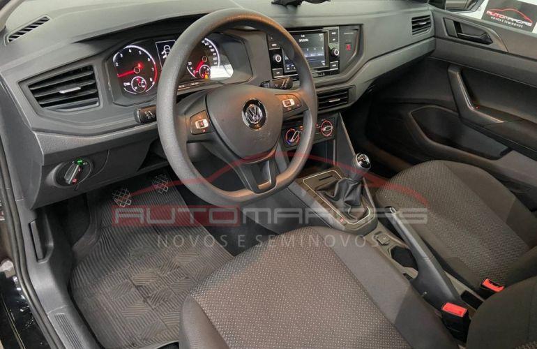 Volkswagen Polo 1.0 (Flex) - Foto #8