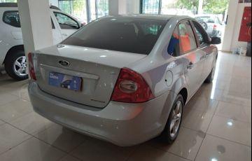 Ford Focus Sedan 2.0 16V (Aut) - Foto #4