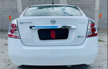 Nissan Sentra 2.0 S 16V Flex 4p Automático - Foto #4