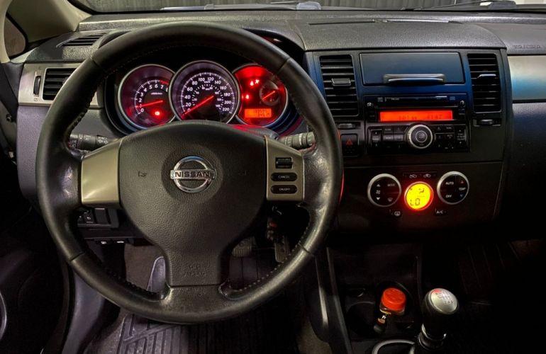 Nissan Tiida SL 1.8 - Foto #10