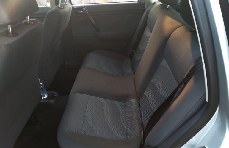 Volkswagen Polo Hatch. 1.6 8V E-Flex (Flex) - Foto #3