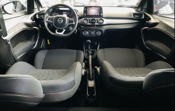 Fiat Argo 1.3 Trekking - Foto #7