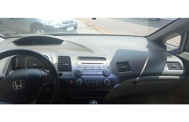 Honda Civic LXS 1.8 i-VTEC (Flex) - Foto #6