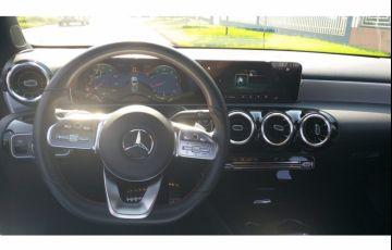 Mercedes-Benz Classe A 250 Launch Edition - Foto #10