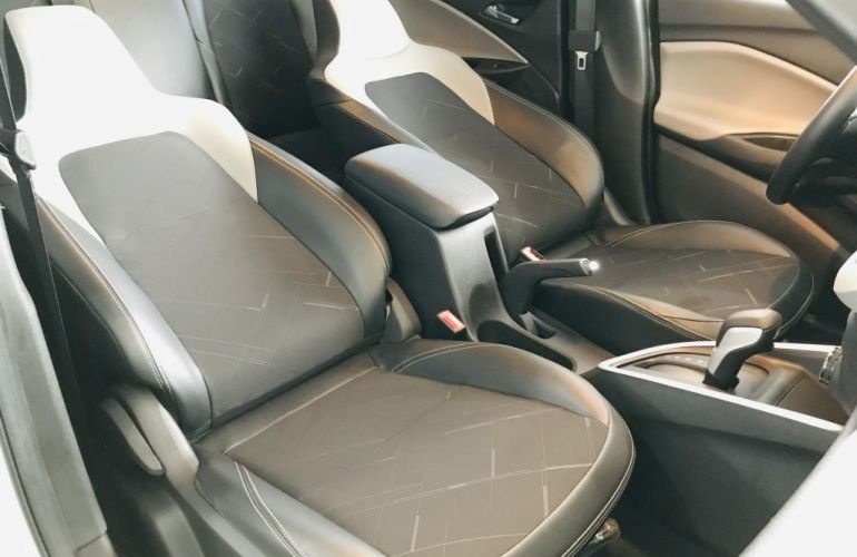 Chevrolet Onix Plus 1.0 Turbo Premier (Aut) - Foto #7