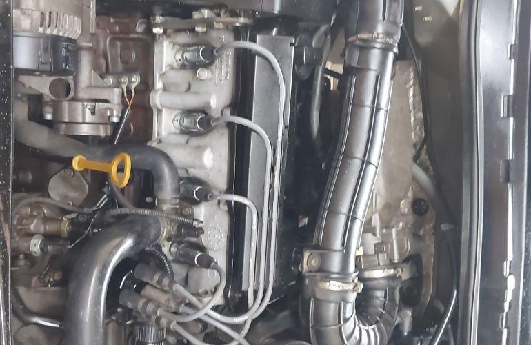 Volkswagen Polo Classic 1.8 MI (nova s�rie) - Foto #2