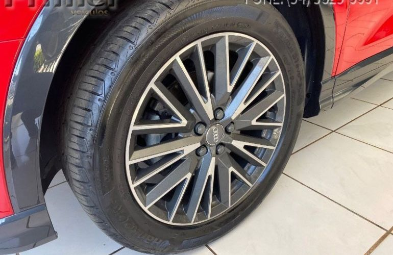 Audi Q3 Black S-tronic 1.4 35 Tfsi - Foto #6