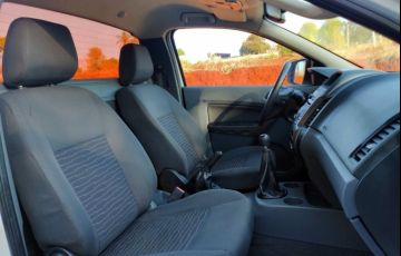 Ford Ranger 2.5 CS XLS 4x2 (Flex) - Foto #6