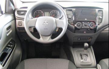 Mitsubishi L200 Triton Savana GLS 2.4 - Foto #4