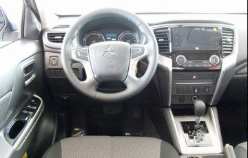 Mitsubishi L200 Triton Sport GLS 4WD 2.4 Td - Foto #3