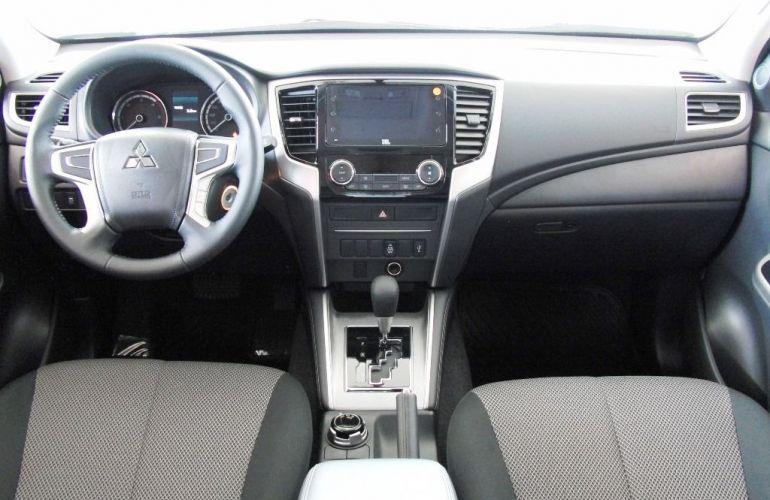 Mitsubishi L200 Triton Sport GLS 4WD 2.4 Td - Foto #6