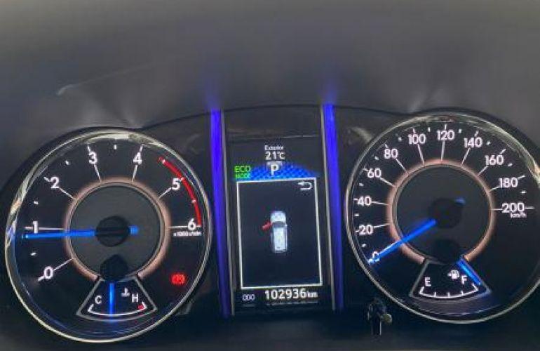 Toyota Sw4 Srx 4x4 2.8 TDi 16V Dies. Aut - Foto #3
