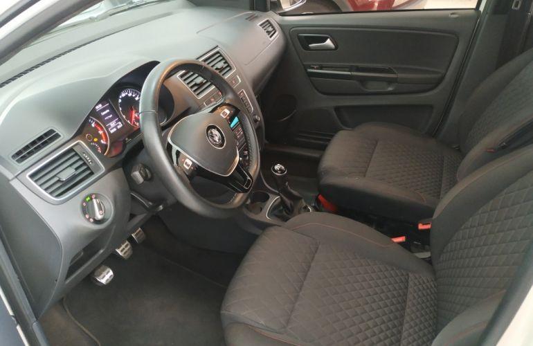Volkswagen CrossFox 1.6 16v MSI (Flex) - Foto #8