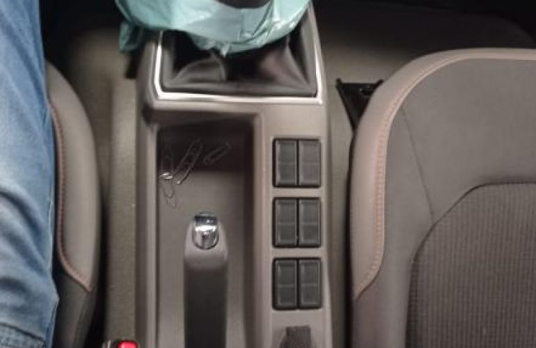 Volkswagen Delivery Express Drc 4x2 - Foto #10