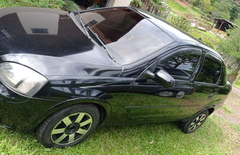 Chevrolet Corsa Sedan Maxx 1.0 - Foto #4