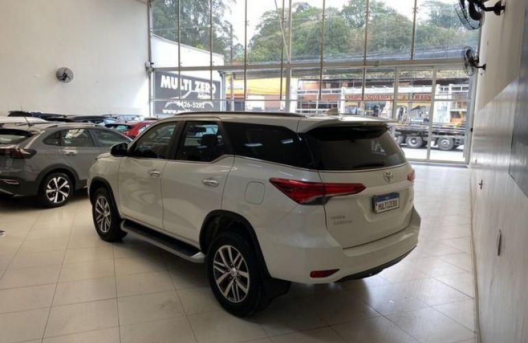 Toyota Hilux Sw4 Srx At 7 Lugares 2.8l 16V Turbo Intercooler - Foto #2
