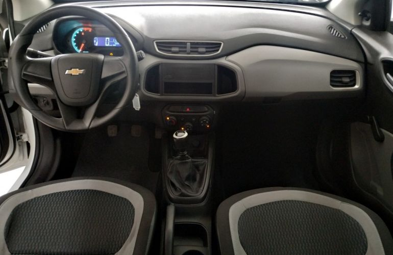 Chevrolet Onix 1.0 - Foto #8