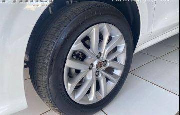 Fiat Cronos Drive 1.3 Flex - Foto #4