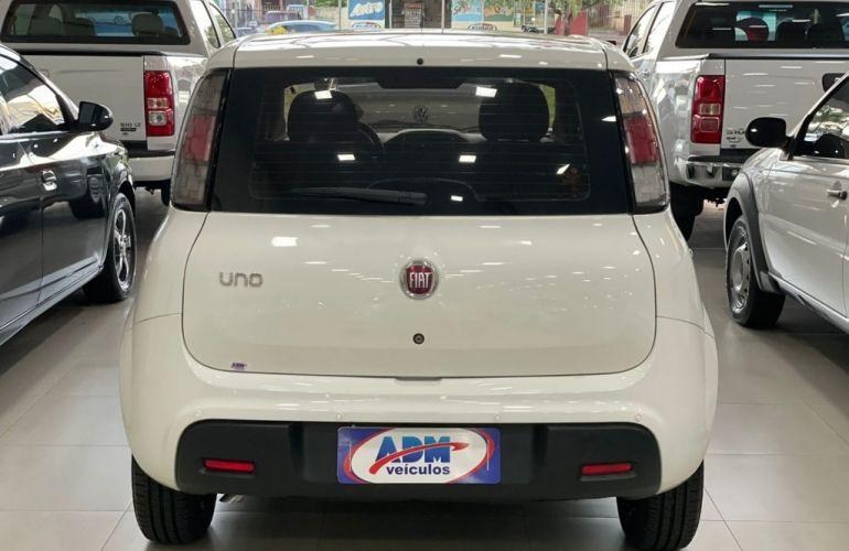 Fiat Uno Attractive 1.0 8V (Flex) 4p - Foto #6