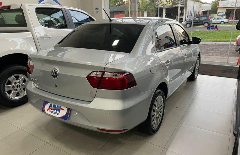 Volkswagen Voyage (G6) 1.6 VHT Total Flex - Foto #8