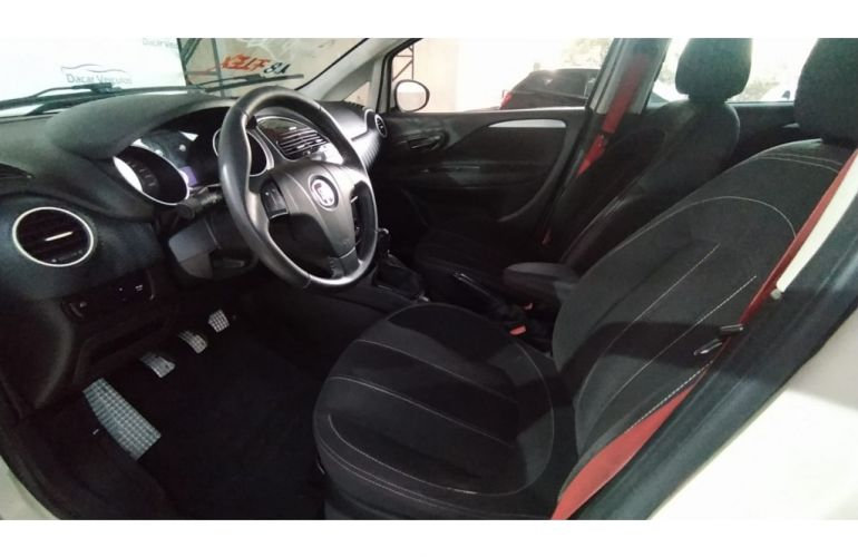 Fiat Punto Sporting 1.8 (Flex) - Foto #9