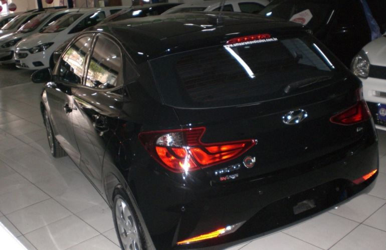 Hyundai HB20 1.6 Vision (Aut) - Foto #4