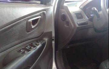 Hyundai Tucson 2.0 MPFi GL 16V 142cv 2wd - Foto #6