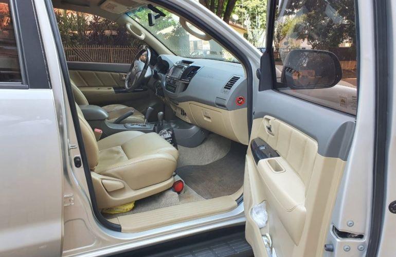 Toyota Hilux SW4 SRV 4x4 3.0 Turbo  (aut) - Foto #5