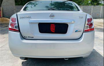 Nissan Sentra 2.0 16V Flex 4p Automático - Foto #4