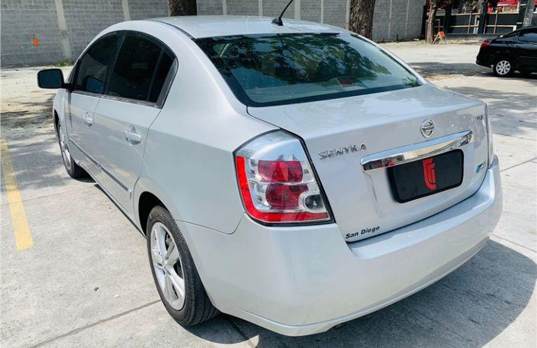 Nissan Sentra 2.0 16V Flex 4p Automático - Foto #7